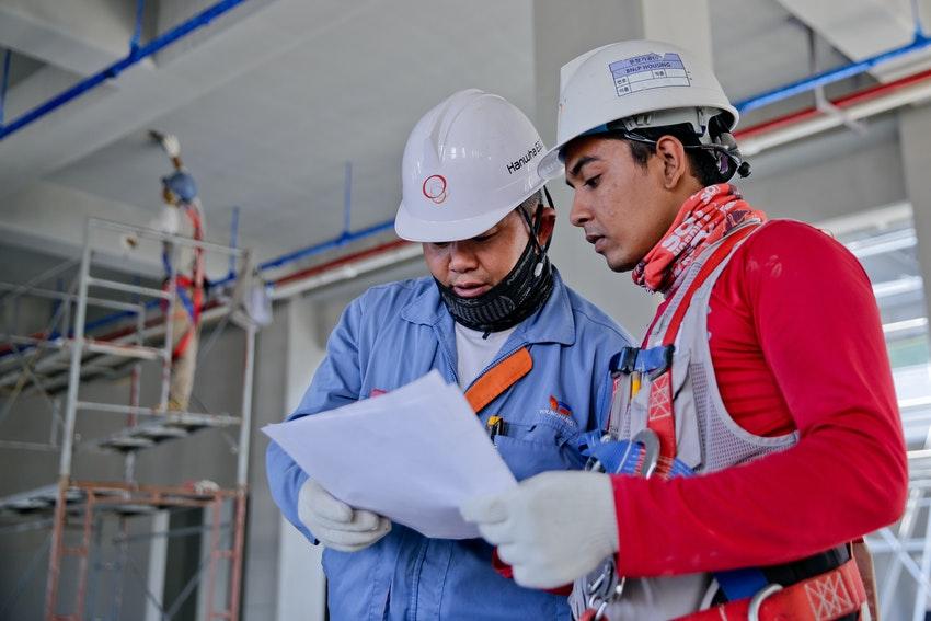 Construction management software colleagues