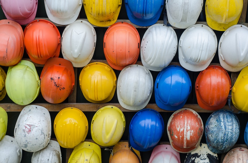 Construction management software head protector