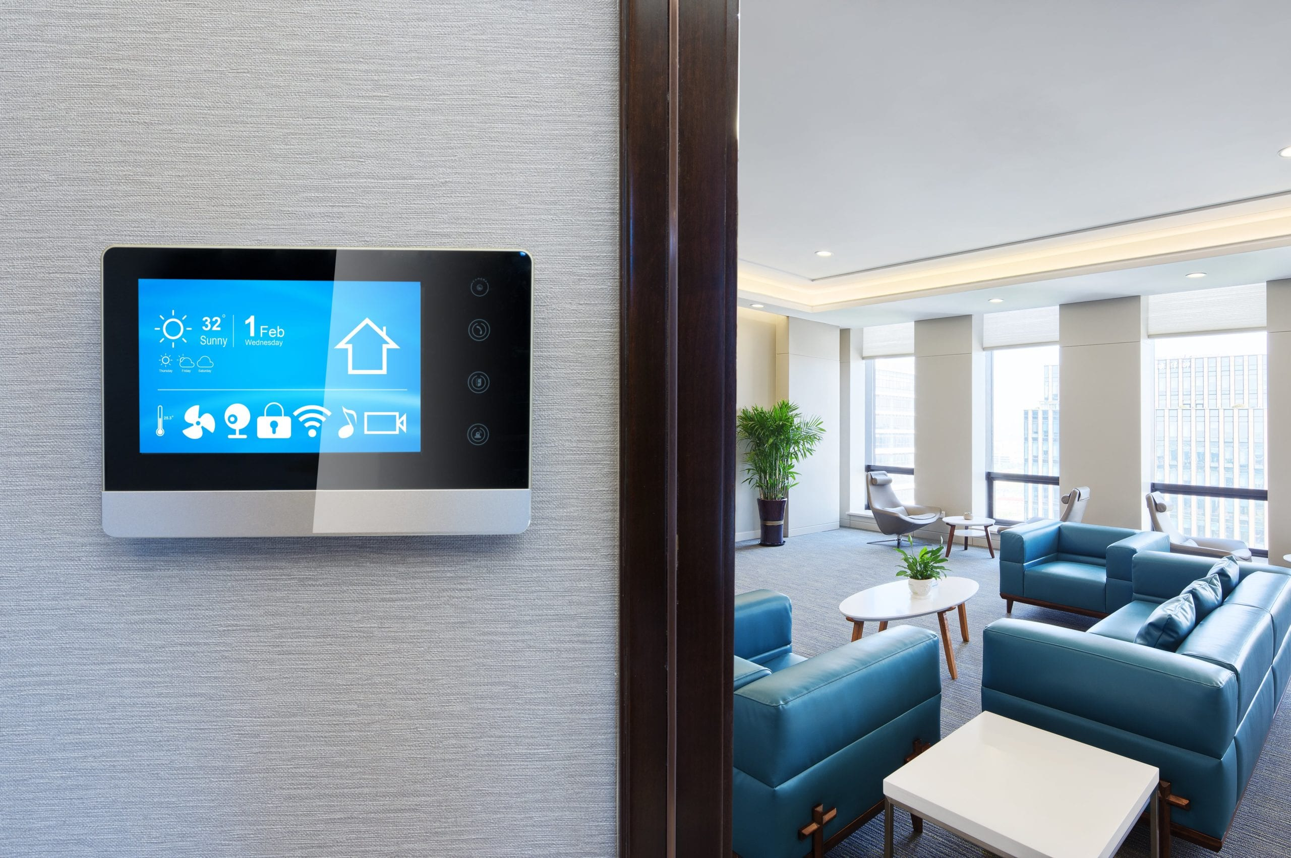 Hospitality Trends and Challenges for 2021 Smart Rooms