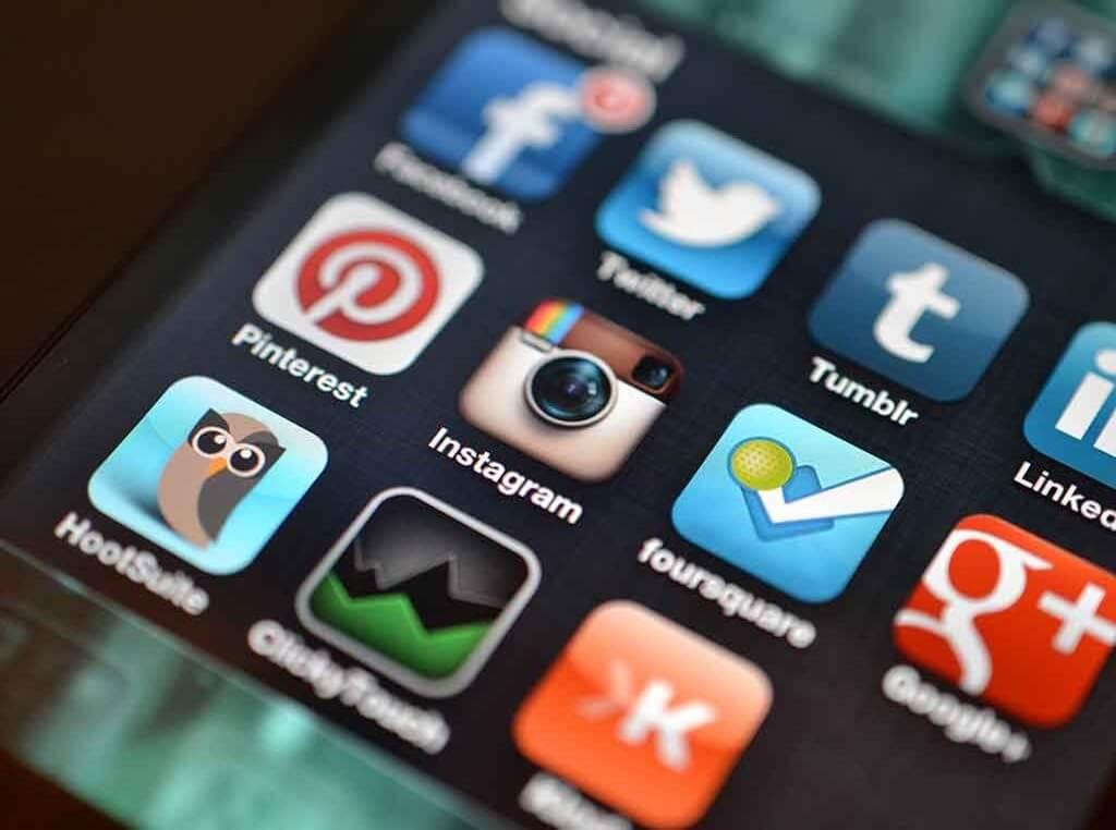 mobile app vs website